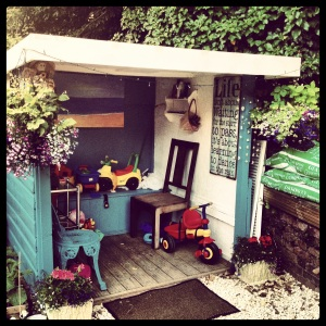 Mum's Shed... an al fresco recording studio!